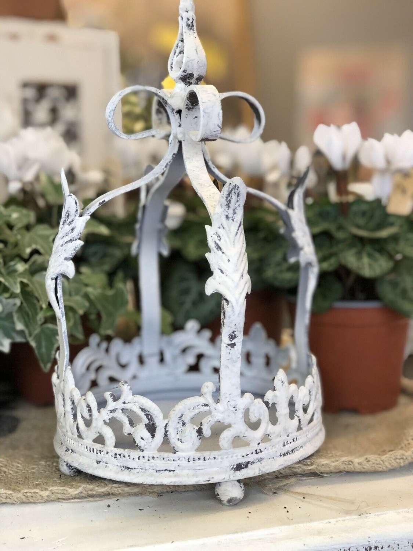 White metal Crown