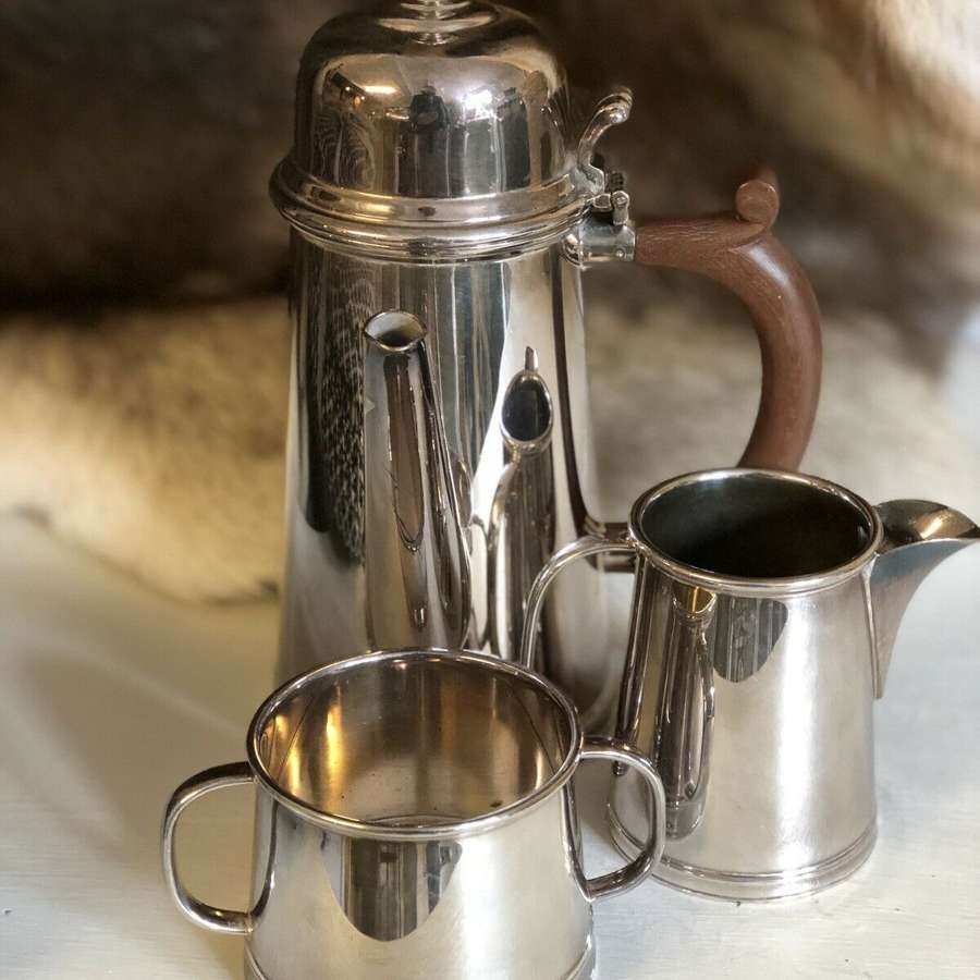 Baker Ellis Silver Plate Hot Chocolate Jug Set.