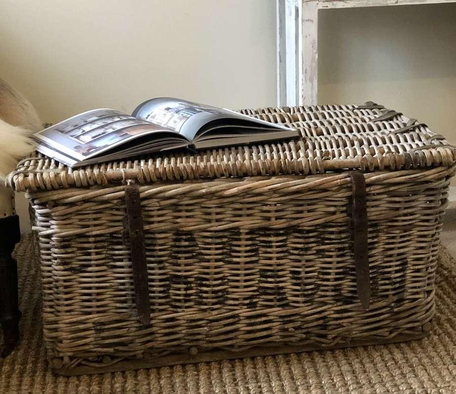 Stratford laundry basket