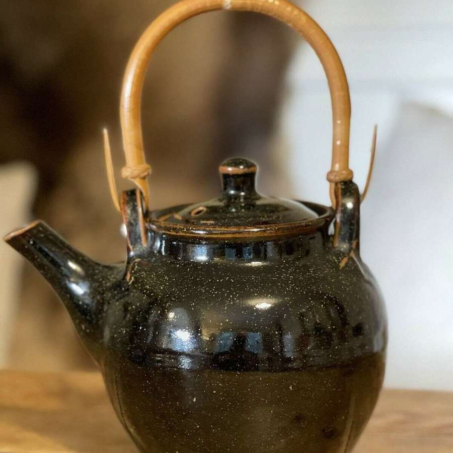 Ray Finch tea pot