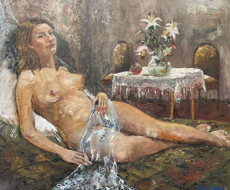 Reclining nude female portrait by Stella Benfold